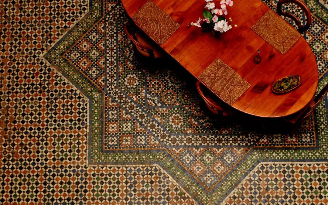 Alojarse en un riad, estilo en la Medina de Fez