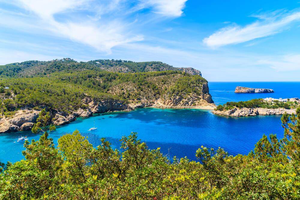 Mejores playas de Ibiza - Cala Xarraca