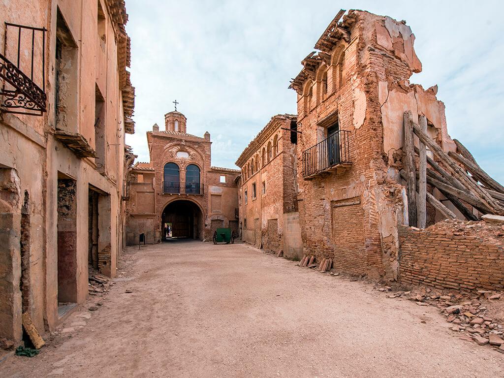 Belchite Viejo - destinos en los que pasar miedo