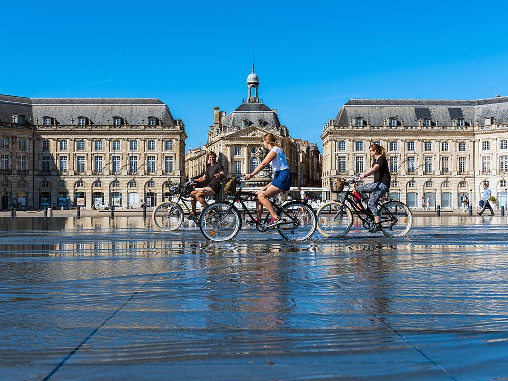 Burdeos en bicicleta - ciudades para recorrer en bicicleta