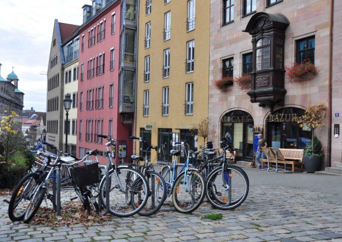 Viajar a Nuremberg y transporte