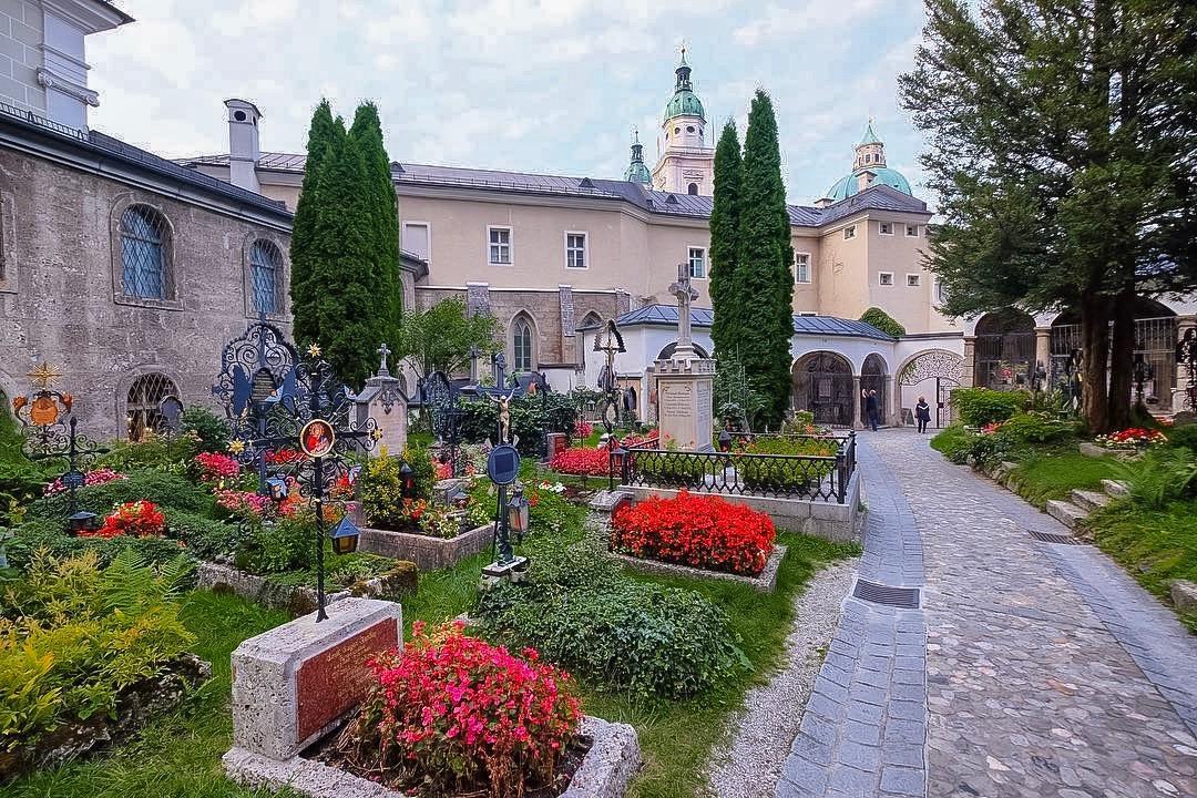 Cementerio de San Pedro en Salzburgo, cementerios famosos de Europa