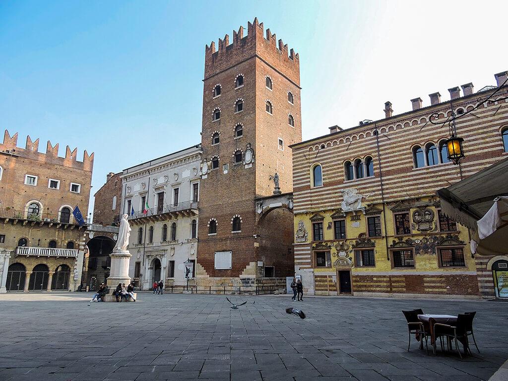 Piazza dei Signori, Verona - cosas que hacer en Italia